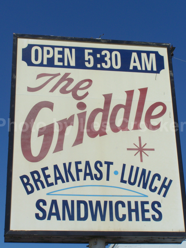 Item #140 Griddle Sign, was located on East Lancaster, Fort Worth. Photo by Les.