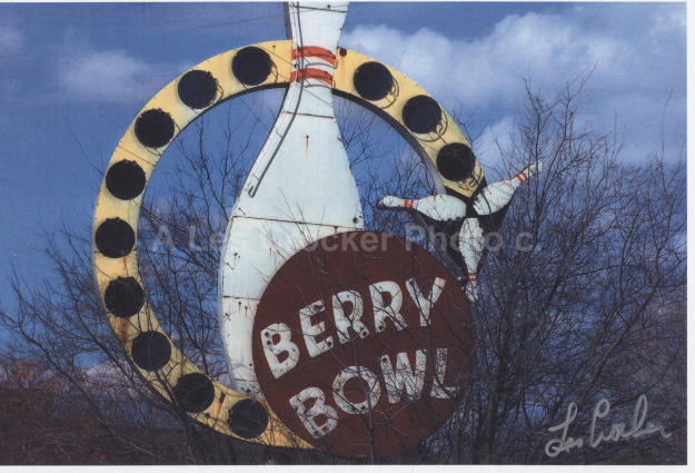Item # 136 Berry Bowl, East side Fort Worth in Poly. Photo by Les.
