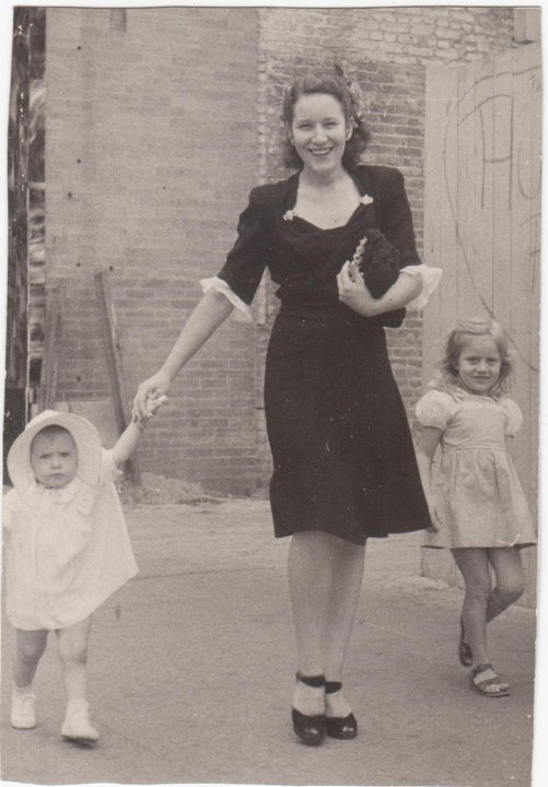 Downtown Fort Worth Texas 1945, Virginia Lawrence Heath, daughter Glenda age1yr. and little sister Beverly Beth age 5 years Contributed by /Beverly Reddell
