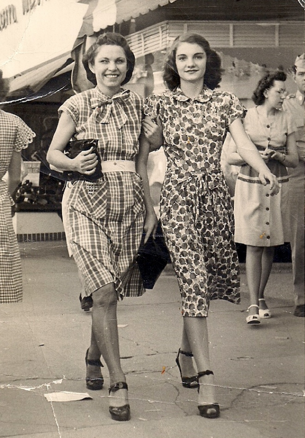 Side Walk Photo of Quinetta Jones and her sister Missouria Jones in early Fort Worth. Looking pretty , smiling faces and in step. Contributed by D.R. Jones.