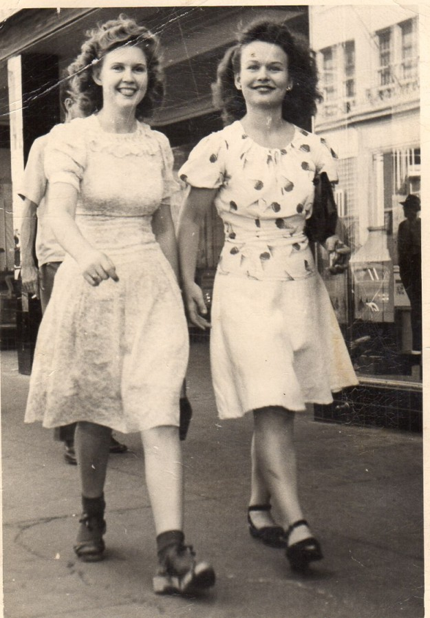 Dorothy Read and Darleen Read about 1944-1945 on the City Sidewalks of Fort Worth. Contributed by Lynn Todd.