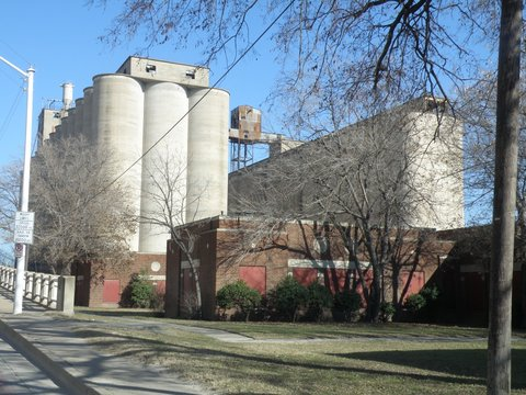 1900-2000 Blocks S. Main Kimbell Milling Co. Grain Elevators