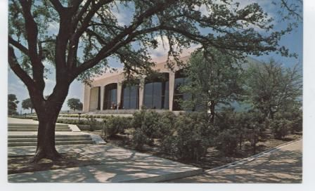 Amon Carter Museum of Western Art. West Camp Bowie Boulevard.