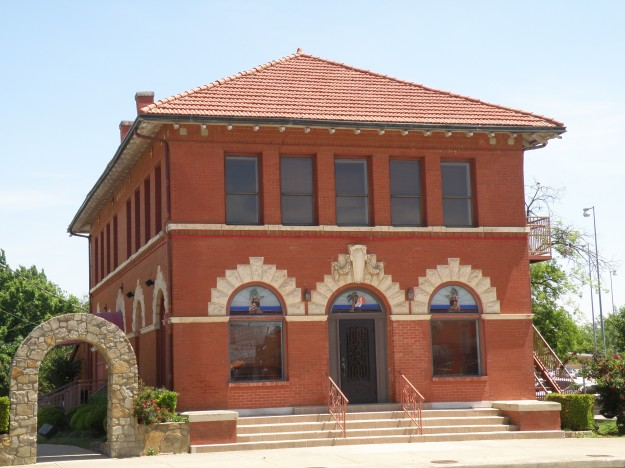 1540 N. Main Street. North Fort Worth Police Department and  North Fort Worth Waterworks Substation. Probably built around 1913. Photo taken 4-23-14 at 1:02 by Les Crocker