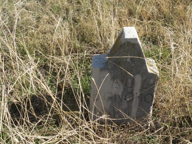 Major Handley was later moved and reburied at Rose Hill Cemetery just down  East Lancaster a bit.